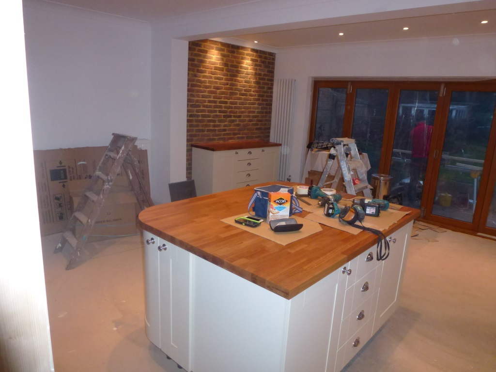 Crystal interiors kitchen supplier basildon essex for Kitchen design upminster